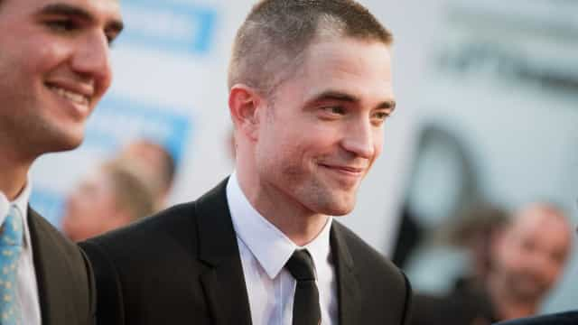 Robert Pattinson imita visual da ex-namorada?