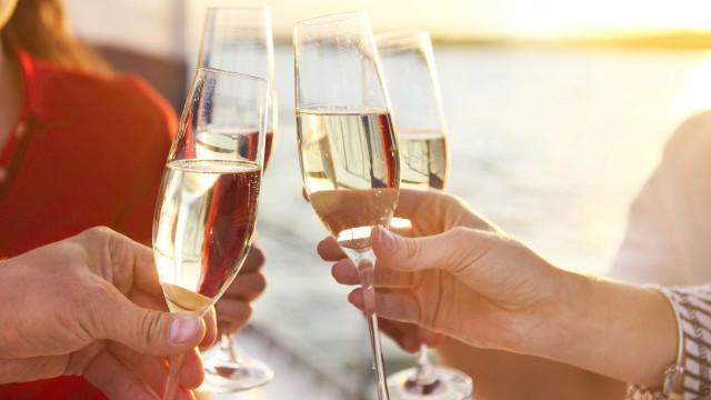 Lisbon Marriott Hotel realiza festa para dizer adeus ao verão a brindar