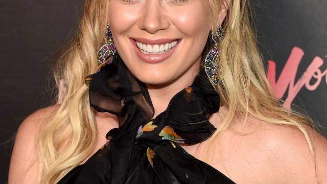 Grávida 'ao natural': Hilary Duff fotografada sem maquilhagem