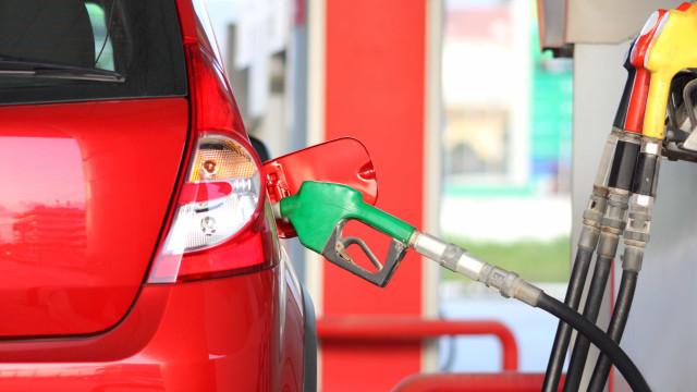 Preço da gasolina vai descer, o do gasóleo vai manter-se