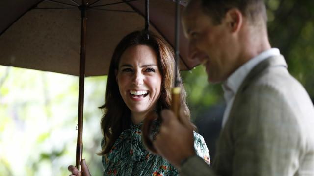 """Kate Middleton diz que William está em """"negação"""" com a chegada do bebé"""