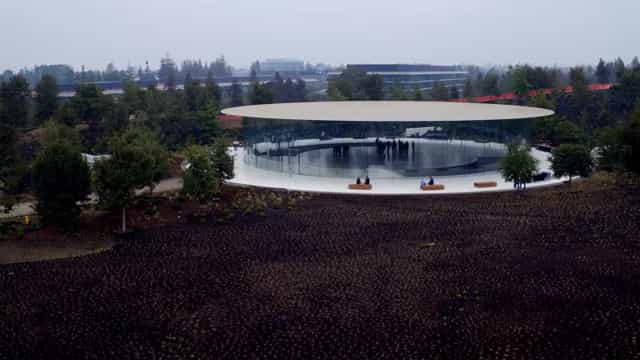 Eis o estado do Apple Park, uma semana antes do anúncio do iPhone