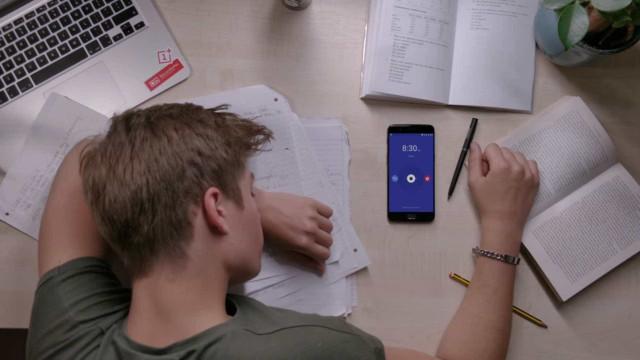 OnePlus aproveita início das aulas para tentar convencer estudantes