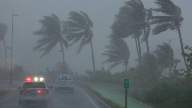 Quatro turistas portugueses retirados de Cayo Coco devido ao furacão Irma
