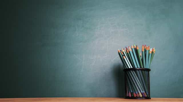"""Professores """"injustiçados"""" prometem mais luta contra concursos """"ilegais"""""""