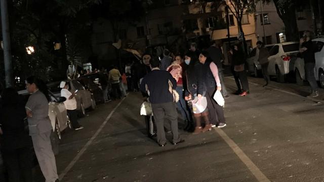 Terramoto fez até agora mais de 30 mortos, não há registo de portugueses
