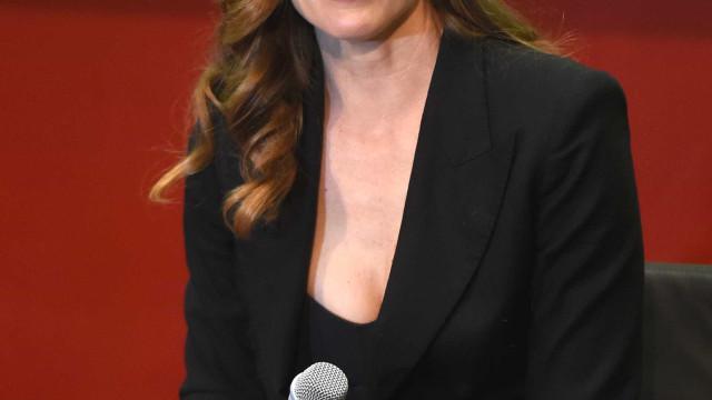 Jennifer Garner despede-se da sua galinha de estimação