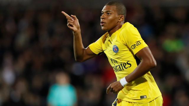 Mbappé sucede a Renato Sanches e é o novo Golden Boy