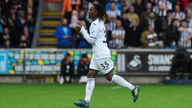 A curiosa (e negativa) estatística de Renato na estreia pelo Swansea
