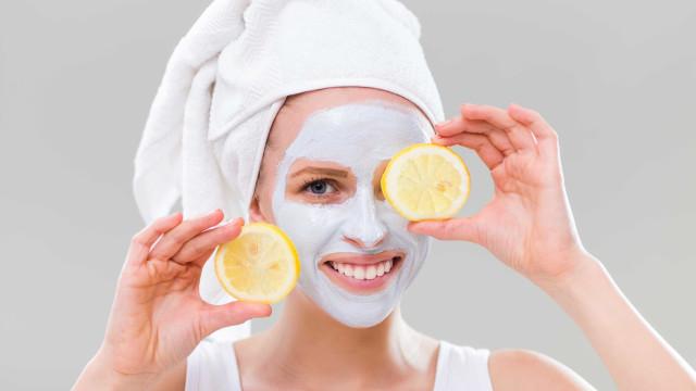 Uma máscara de rosto caseira para cada tipo de pele