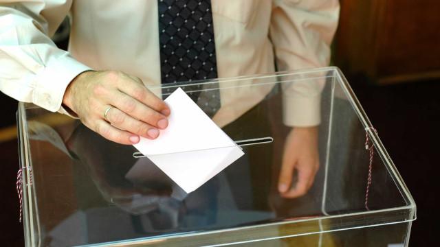 Governo quer fazer aprovar lei que proíbe jogos em dia de eleições
