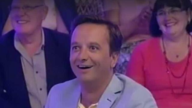 Zé Pedro ficou com esta cara após a surpresa de Tânia Ribas