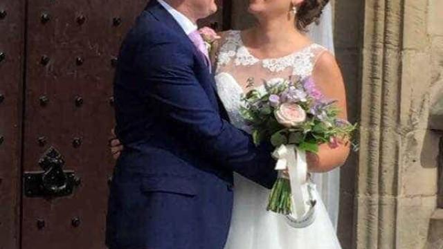 Recém-casados perdem tudo depois de o Furacão Irma passar pelas Caraíbas