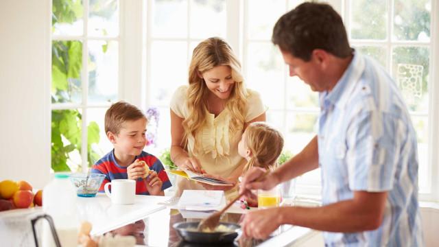 O que fazer para que os seus filhos cheguem felizes à escola