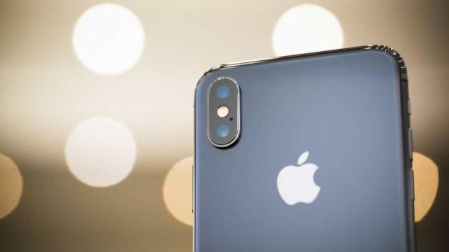 Data de lançamento do iPhone X pode 'deslizar'