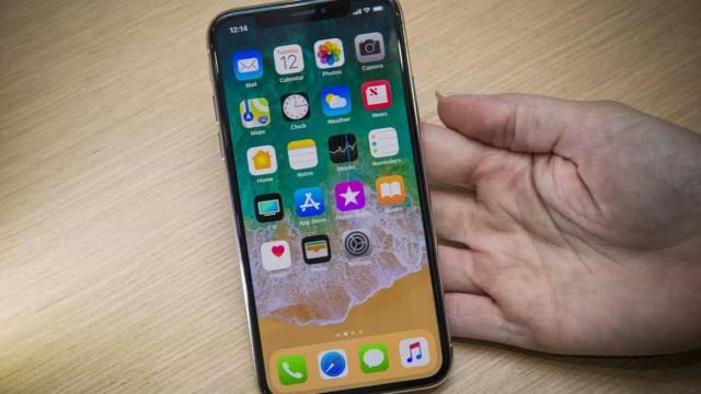 Sem surpresa, foram precisos poucos minutos para o iPhone X esgotar