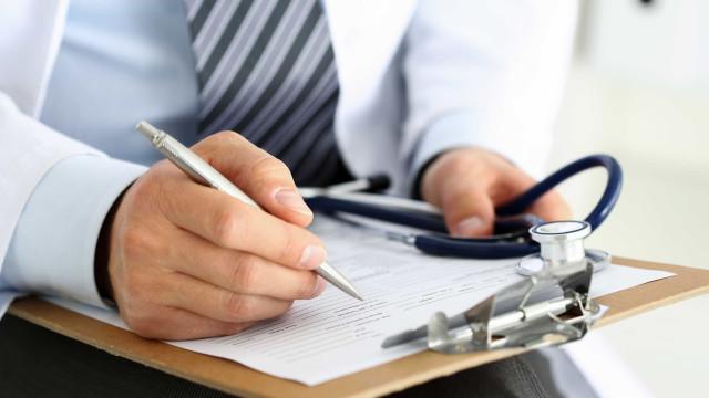 Médicos formalizam greve a partir de 11 de outubro