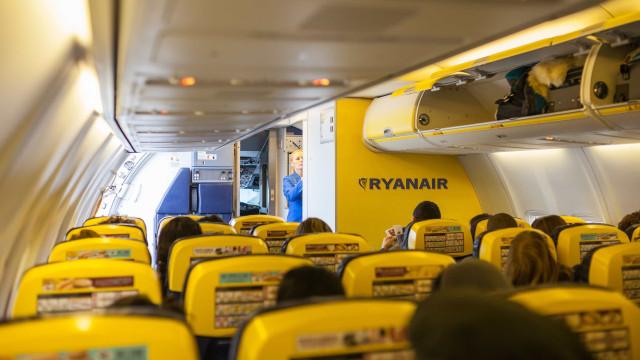 Greve dos tripulantes da Ryanair pode levar a indemnizações de milhões