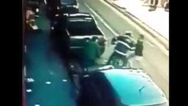 Ex-jogador do Arouca impediu assaltante de roubar uma joalharia