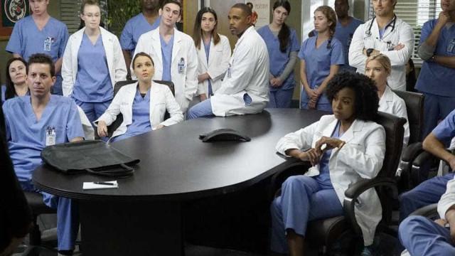 """'Anatomia de Grey' faz-se de """"exageros"""" mas também de médicos reais"""