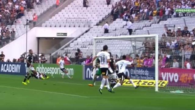 Um golo tão polémico que a Federação brasileira instaurou o vídeo-árbitro
