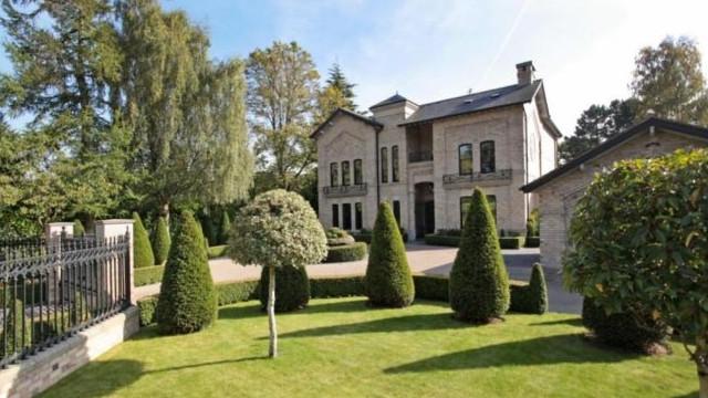Eis a fantástica casa que Ibrahimovic está a vender em Manchester