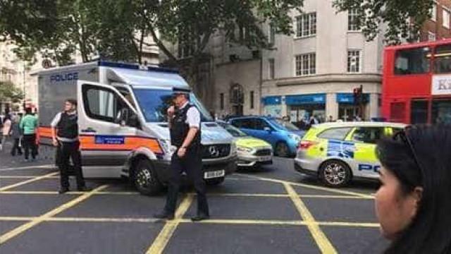 Estação de Holborn evacuada devido a ameaça terrorista. Falso alarme