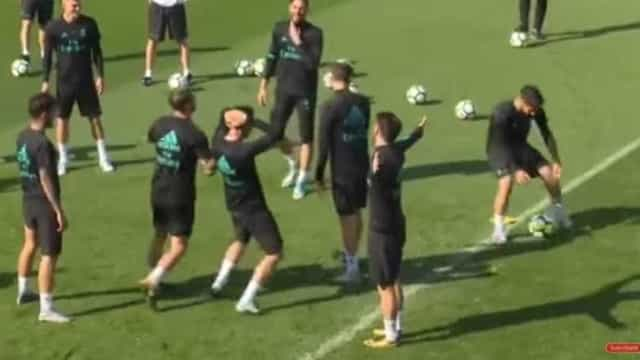 'Cueca' de Isco deixou plantel do Real Madrid de mãos na cabeça