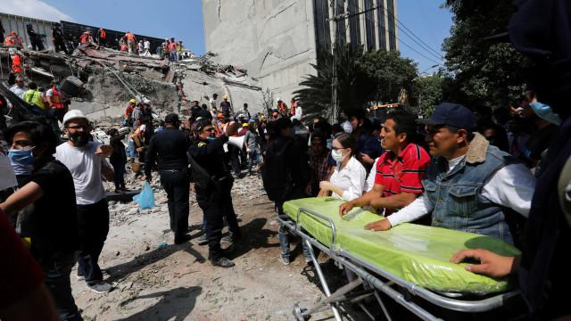 México: Também em 1985 procuraram criança que não existia nos escombros
