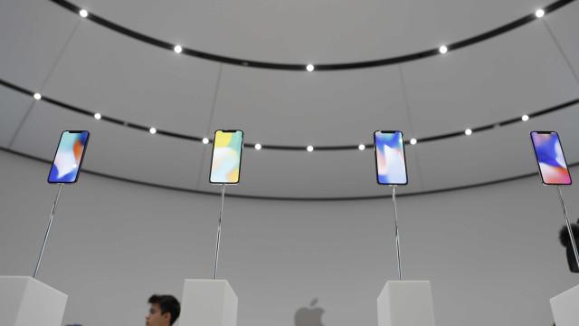 É provável que não consiga ter um iPhone X no lançamento