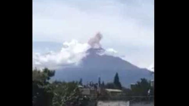 México: Terramoto faz vulcão entrar em erupção