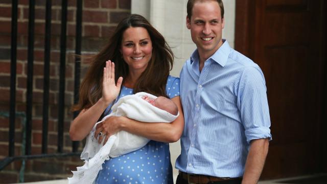 Surpreenda-se com estas tradições peculiares dos bebés da realeza