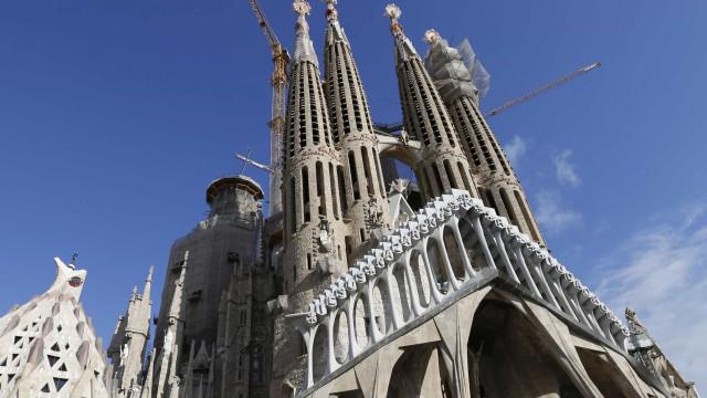 Ilegal há mais de 130 anos, Sagrada Família vai pagar multa a Barcelona