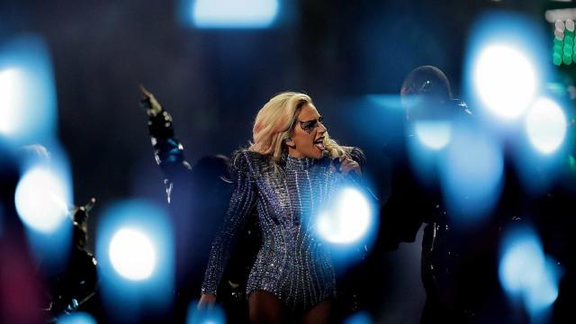 Lady Gaga deixa mensagem nas redes sociais sobre o seu documentário