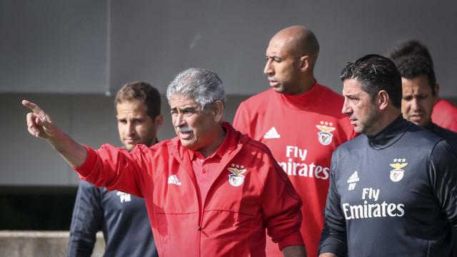 """Vieira garante ter """"total confiança"""" no plantel e em Rui Vitória"""