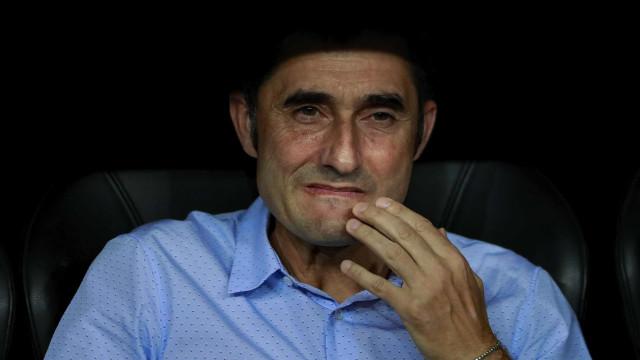 Treinador do Barcelona admite gerir a pensar no Sporting