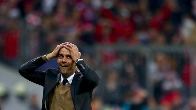 Foi há dois anos que Lewandowski fez Guardiola levar as mãos à cabeça