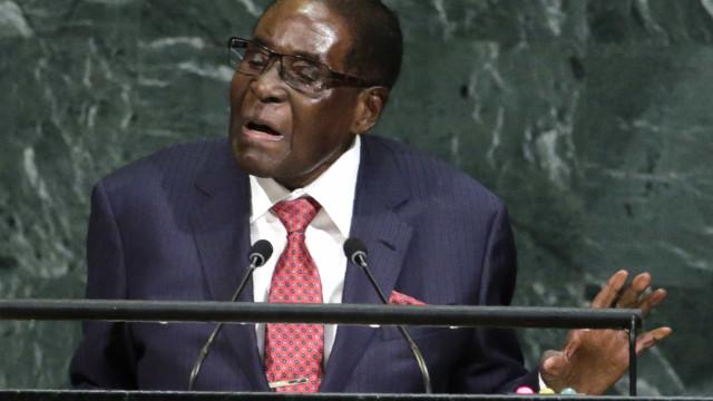 Nomeação de Mugabe como embaixador da boa vontade da OMS causa polémica