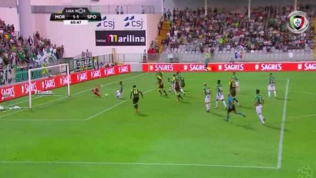 Confusão na grande área do Moreirense origina golo do Sporting