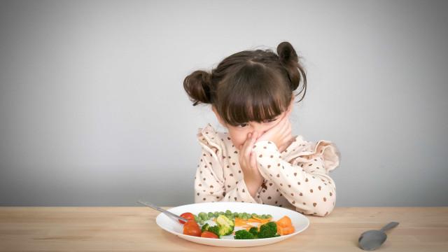 Só 40% das crianças portuguesas comem as frutas e legumes recomendados