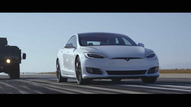 Ferrari, McLaren, Porsche, Aston Martin… Todas 'comeram o pó' da Tesla