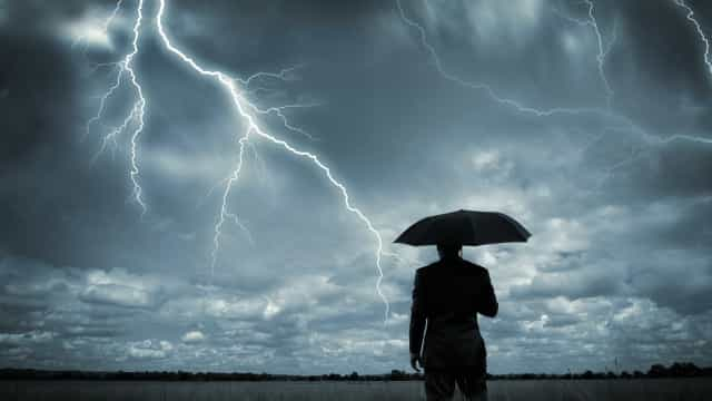 É dia de nuvens, chuva e trovoada. Temperaturas entre os 11ºC e 28ºC