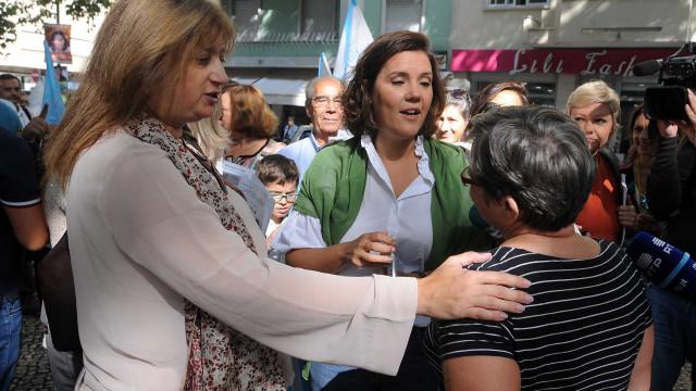 Cristas distribui 'multas surpresa' com benefício para moradores