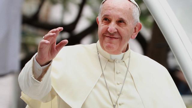 Papa lança campanha mundial a favor dos migrantes e refugiados