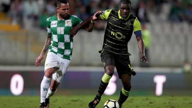 Sporting quer renovar contrato com William Carvalho