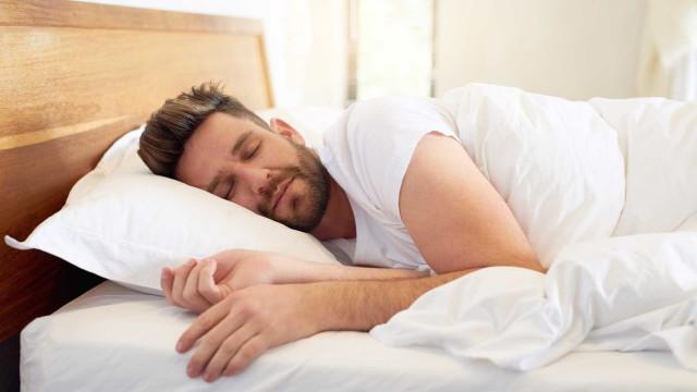 Tudo o que o pode ajudar a ter uma boa noite de sono