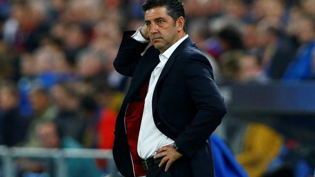 Pesadelo na Suíça: Benfica sai de Basileia completamente vergado