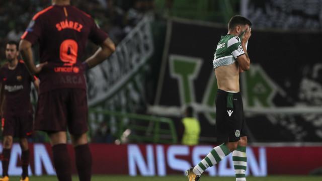 Leão valente tomba aos pés de Messi e companhia