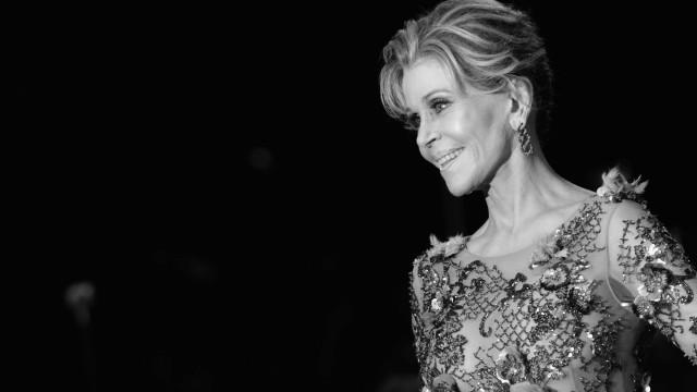 """Jane Fonda remove tumor cancerígeno: """"Está tudo bem"""""""