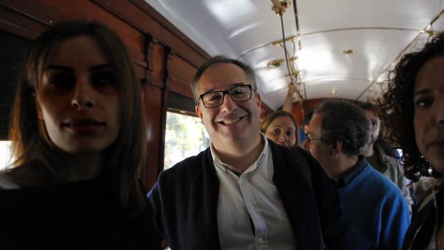 """Teixeira Lopes acusa Moreira de """"soberba, arrogância e vaidade"""""""